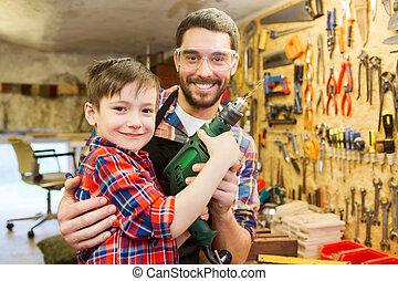 taller, padre, taladro, trabajando, hijo