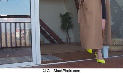 talon, marche, chaussures, élevé, femme, terrasse, mince, ...