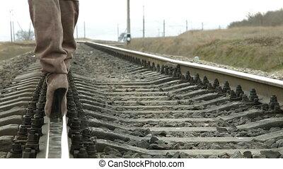 talons, rail, élevé