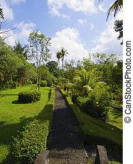 Taman Ayun Temple park lane
