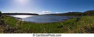 beautiful bay in the tamar valley tasmania