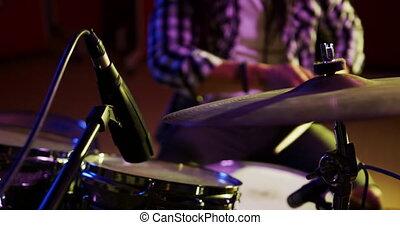 tambours, musique, homme, jouer, dreadlocks, studio