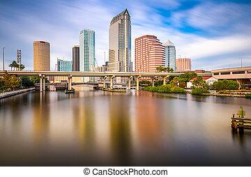 Tampa, Florida, USA Skyline - Tampa, FLorida, USA downtown ...