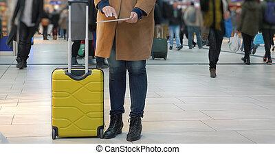 tampon, aéroport, chronométrer passer, femme