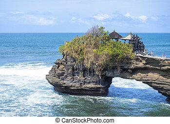 Tanah lot complex. Bali