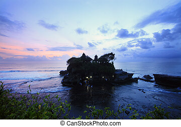 Tanah Lot Temple the most important hindu temple of Bali. Indonesia