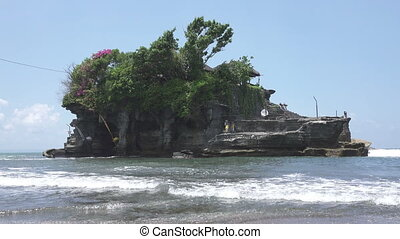 Tanah Lot Temple, the most important hindu temple of Bali, Indonesia