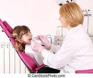 tandarts, en, klein meisje, patiënt, tandexamen