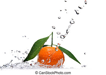 Tangerine with green leaves and water splash isolated on ...