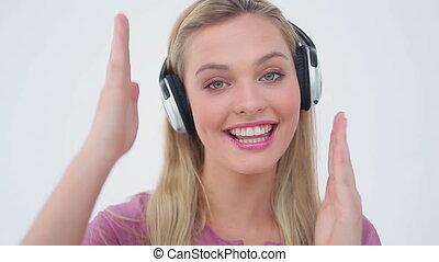 taniec, muzyka, znowu, kobieta, blondynka, słuchający