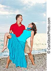 taniec, para, młody, morze, plaża, piaszczysty
