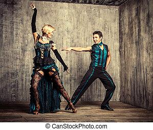 taniec, pełen wyrazu