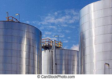 tanks réservoirs, métallique