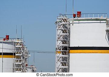 tanque, el, vertical, steel., capacities, para, almacenamiento, de, aceite, productos