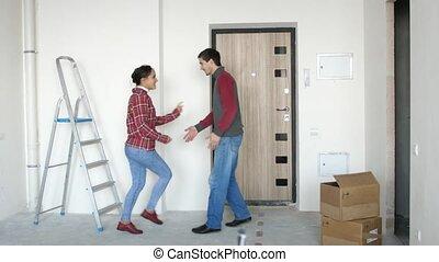 tanzpaar, junger, neu , boxes., ihr, bewegen, sie, 3840x2160, daheim, nächste, glücklich