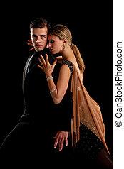 tanzsaal, tänzer, paar, auf, schwarzer hintergrund