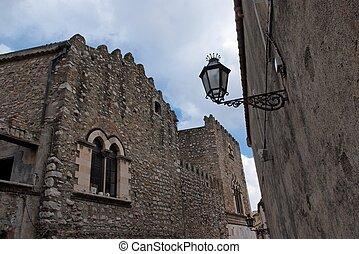 taormina, medieval, italia, centro, nublado, calle, retro, día, linterna
