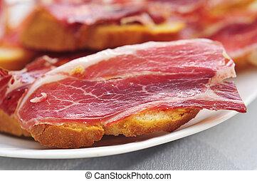 Tapas, jamón,  Serrano