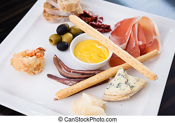 Tapas platter with ham
