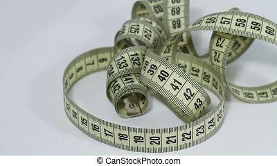 Tape measure rotating