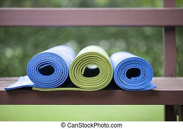 tapetes, ioga
