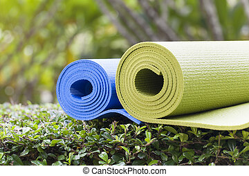 tapetes ioga