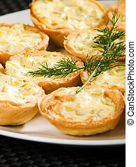 Tartelettes with cheese