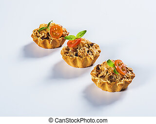 Tartlet with mushrooms and cheese