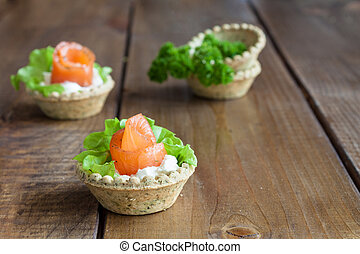 Tartlets with salmon.