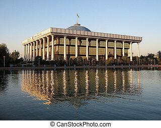 Tashkent Majlis building - Majlis (Parliament) building in...