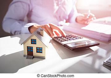 tassa, businessperson, calcolatore, proprietà