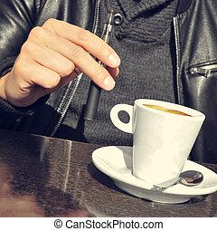 tasse à café, jeune, cigarette, th, électronique, homme