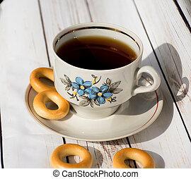 tasse thé, table, bois