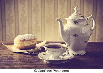tasse thé, table, démodé, beignet