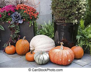 Tasteful Fall Decorations