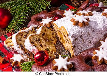 tasty Christmas Stollen