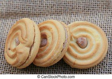 tasty cream cookies