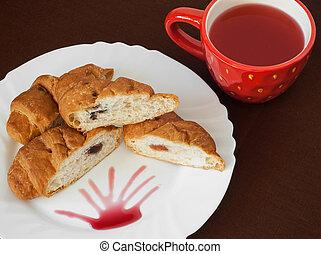 Tasty croissants and fruit tea