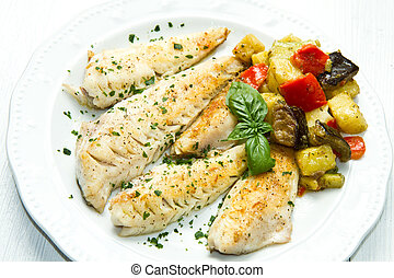 fish fillet with vegetables - Tasty healthy fish fillet with...