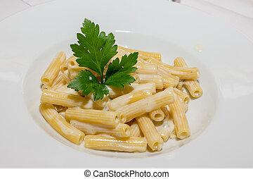 Tasty macaroni 4 cheeses