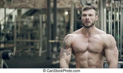 tatoeëren, dubbel, pose, bodybuilder, bicep, maakt, front.