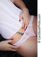 tatoeëren, erotische