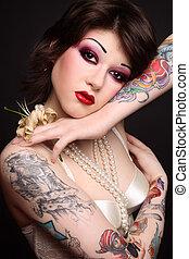tatoué, beauté