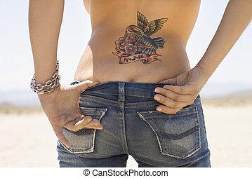 tatouage, derriere.