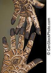 tatouage, henné, mains