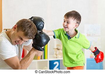 tatuś, gra, boks, dziecko