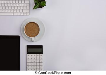 tavola legno, caffè, tecnologia