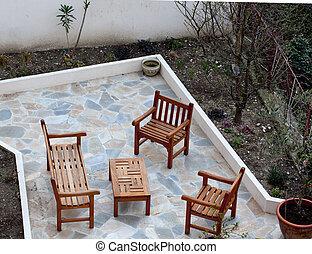 tavola, sedia, poco