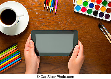 tavoletta, donna, computer, tenere mani, tavola