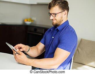 tavoletta,  PC, casa, usando, bello, uomo